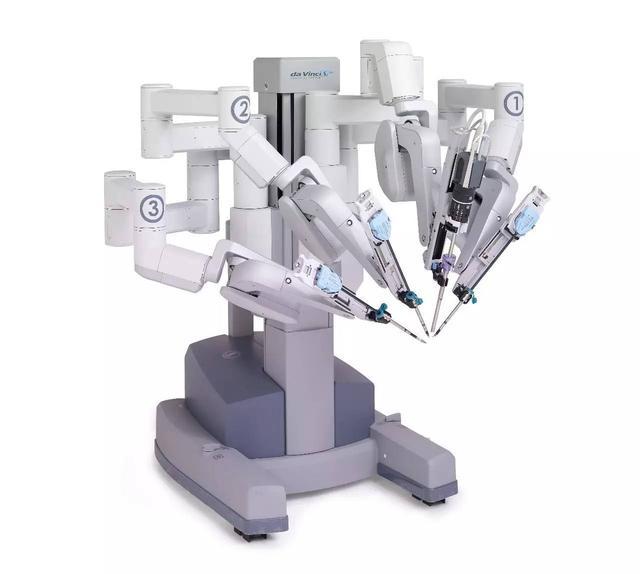 多功能手術輔助機械臂